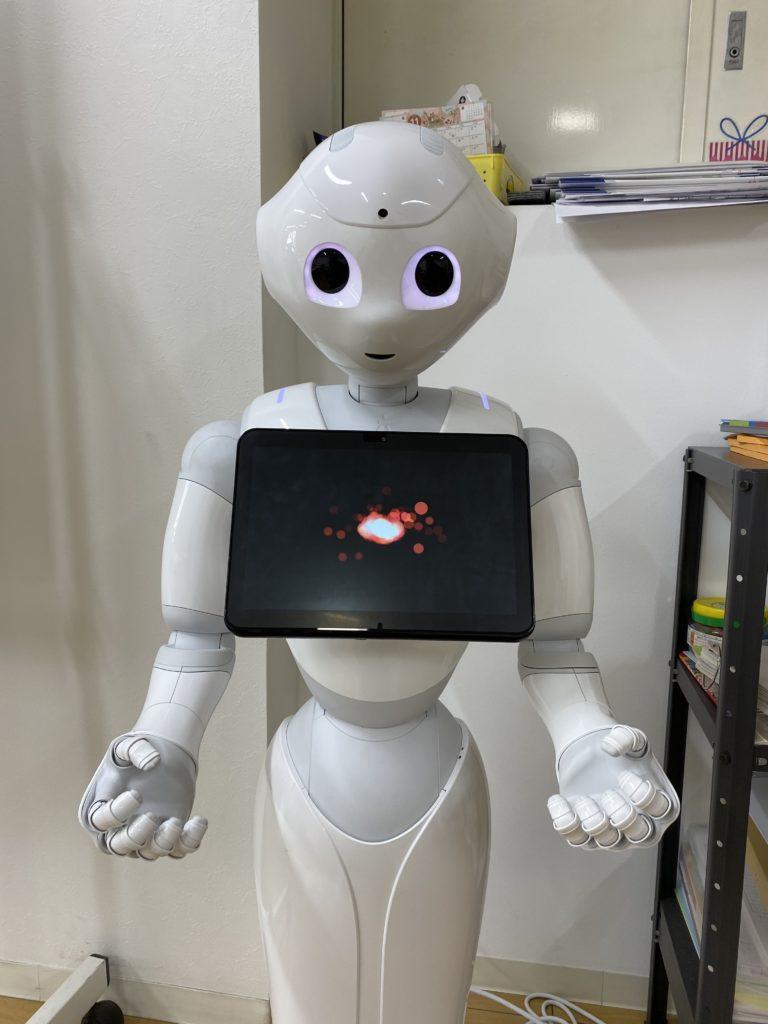 プログラミング教室で活躍するペッパー